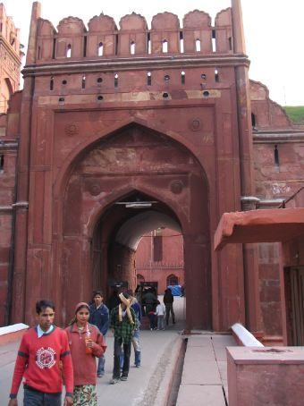 Entry to the red fort - must pass thru metal detectors and be frisked