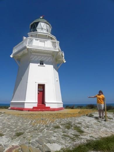 Look, Judy! It's a lighthouse!
