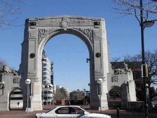 Bridge of Remembrance in 2005.