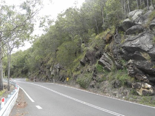 The Gillies Highway twists and turns as it climbs nearly 800 meters in 19 km.
