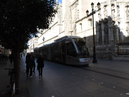 Our trusty Seville tram. We spent a lot of time going back and forth in those trams!