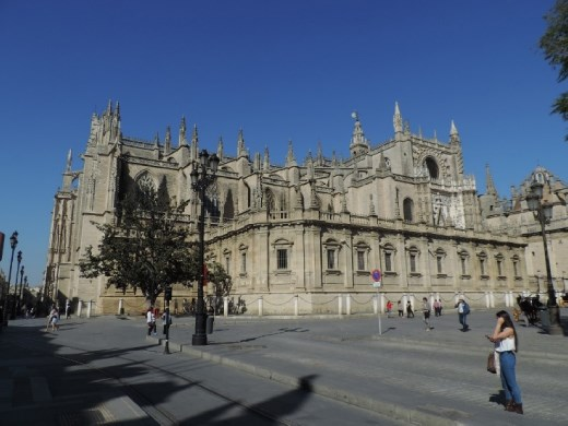 Our first view of the magnificent Seville Cathedral. It is HUGE! We were to find out the next day that it doesn't disappoint on the inside.