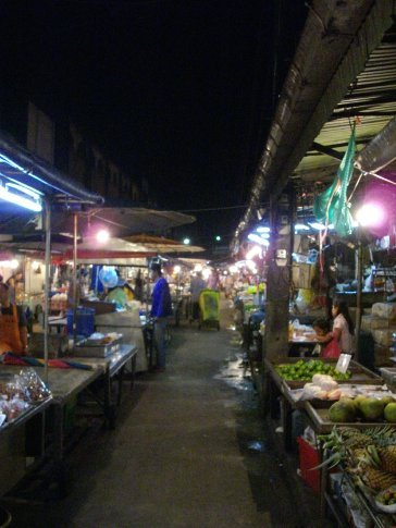 Trat night market