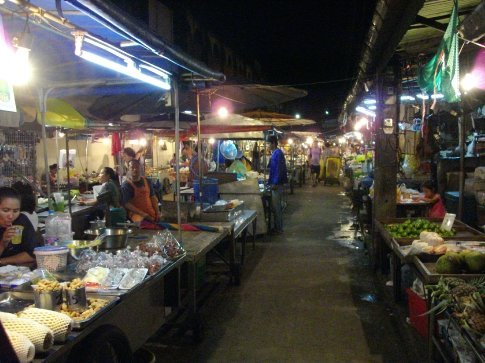 Trat night market 2