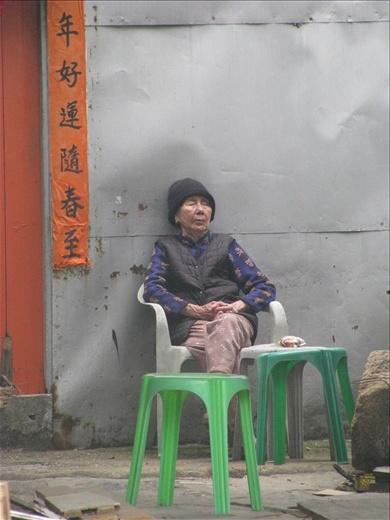 Tired street vendor- Tai O
