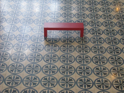 Red seat & tile detail, Muzeum Negara ( by Nim)