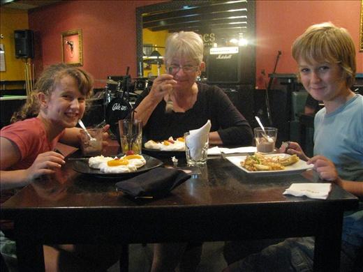 Nim, Helen & Ash enjoying dessert @ Malones