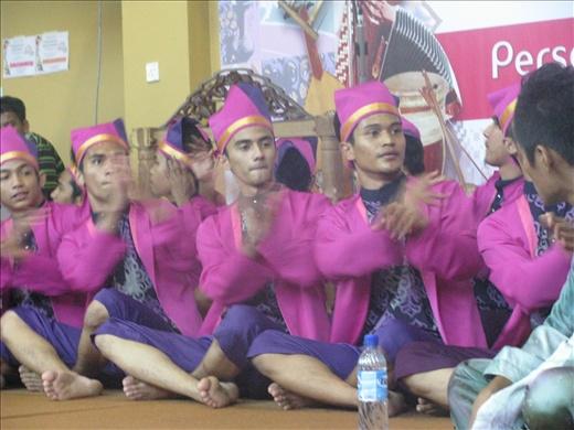 Traditional entertainment @ Kraft Cultural Komplex