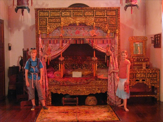 The wedding bed at the Peranakan Museum