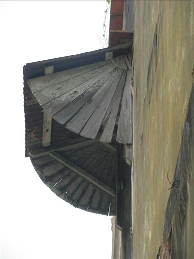 Fan shaped , timber hood