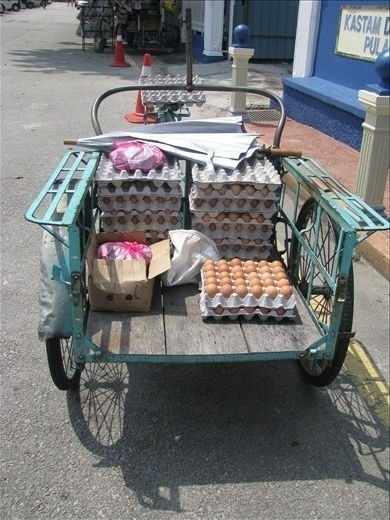 Egg delivery in the heritage area
