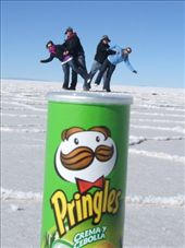us on a huge pringles can.. haha: by thebigtrip, Views[766]