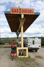 fuelling up at the Alaska - Yukon border: by thefuegoproject, Views[486]