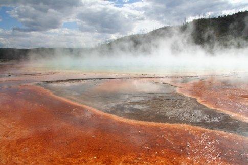 midway geyser basin, grand prismatic pool