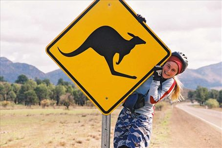 anna and roo sign