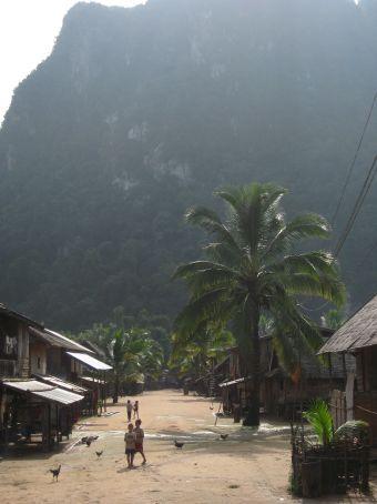 Small village north of Muang Ngoi