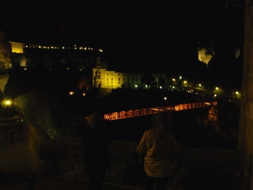 Cuenca footbrodge at night.
