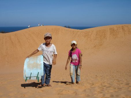 The kids who were my sand boarding guides.
