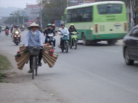 The busy street were Dinh's parents live in HaiPhong