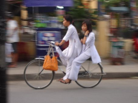 The phenomenon of the 'double peddling' which is quite common in Vietnam.