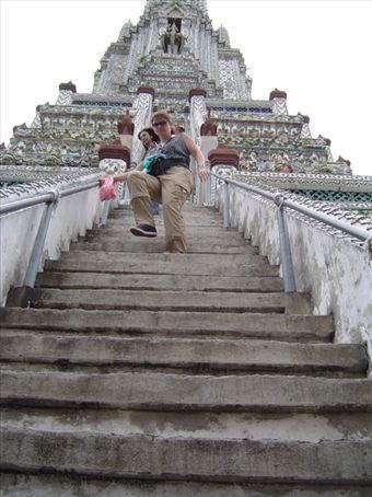 Wat Arun - Steile Treppen