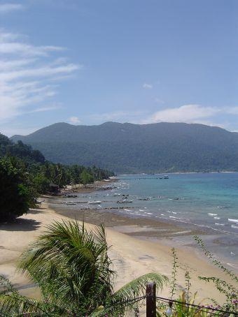 Pulau Tioman - Blick auf den Strand von ABC.