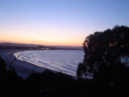 Main Beach im Sonnenuntergang.