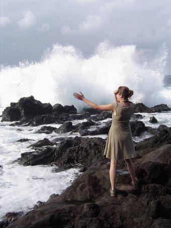 Sara von der Nachbarfarm vor den Ocean Tide Pools.