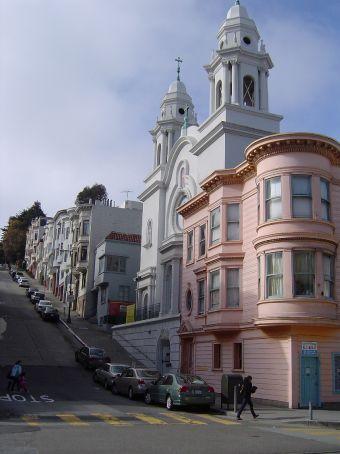 Steil und viktorianisch (wenn auch hier nicht ganz) - San Francisco.