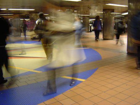 Geschaeftige Metrostation ...