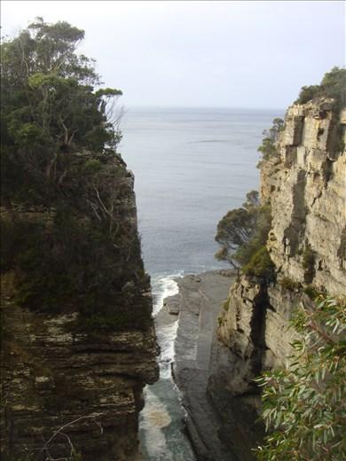 Devil's Kitchen, Tasman Peninsula