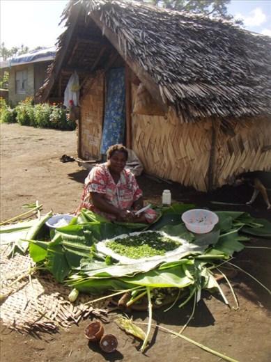 Our host preparing laplap, Lownelapen, Tanna.