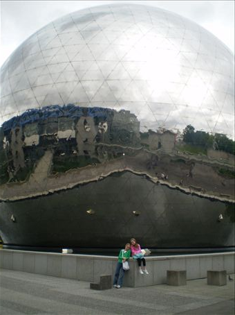 In front of Geode at Parc de la Villette - inside we watched an amazing surround sound and picture movie