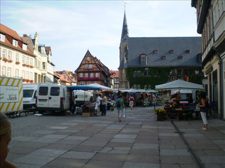 Markt Platz with the Rathaus in the background.