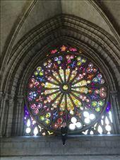 Basilikaen har et meget stort og smukt vindue i farvet glas: by tinast, Views[208]