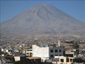 El Misti, the enormous active volcano towering over Arequipa.Several Inca ice mummies were recently found perfectly preserved  at the top (5800m above sea level). Young girls were sacrificed to appease the mountain gods. : by tk-tempany, Views[767]