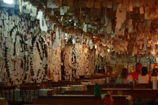 'Post-it' note restaurant in Pantano do Sul