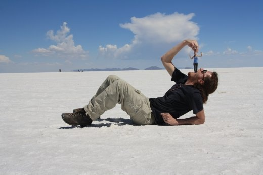 Yoav eating Liron at Salar de Uyuni