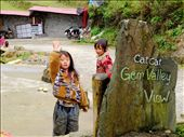 two little Hmong girld play a traditional game while 2 others come join them: by topvietnam, Views[161]