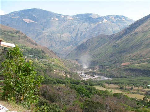 Ecuadorian countryside approaching Peru