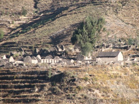 Abondonened village near Yanque in the Colca Valley
