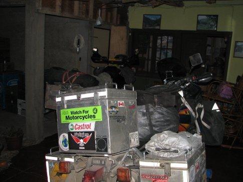 Cosy indoor parking Monte Patria