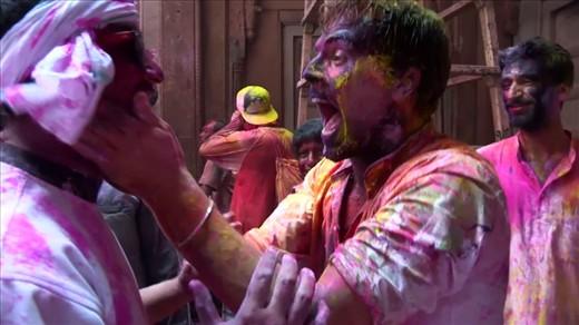 Inside India: Celebrating Holi & Avoiding Delhi Belly