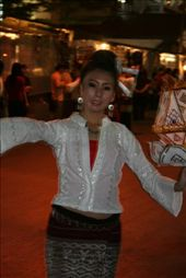 One of the Thai dancers during the Loy Krathong parade (the slowest parade in the world): by traveling_jungs, Views[400]