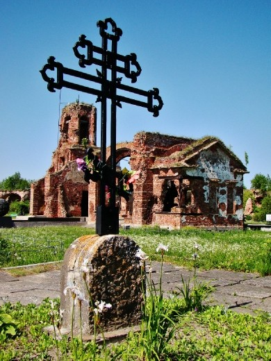The remains of a church inside the fortress
