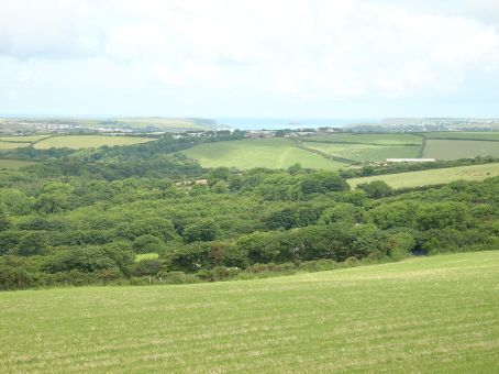 From the car on the drive approaching Wadebridge and Padstow...We began to anticipate quite a scenic ride