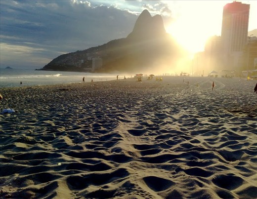 Feel the sand on your feet. Welcome, you're in Rio now!