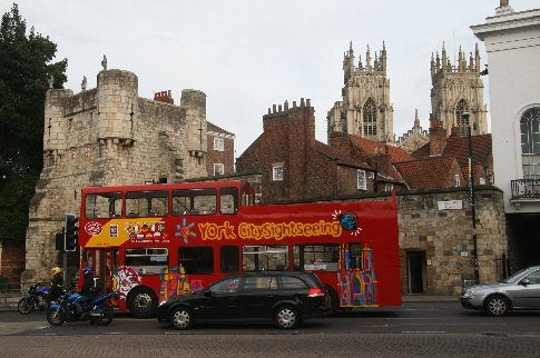 We usually take the double - decker tours to find out what we want to come back to see but as we'd been in York before we just walked in the old parts of the city