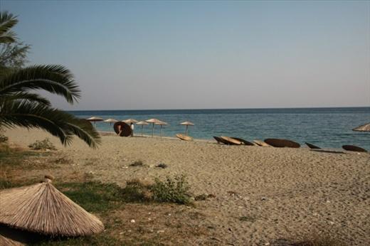 End of the season, Agios Ioannis