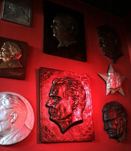 Plaque, Tito Cafe, Sarajevo